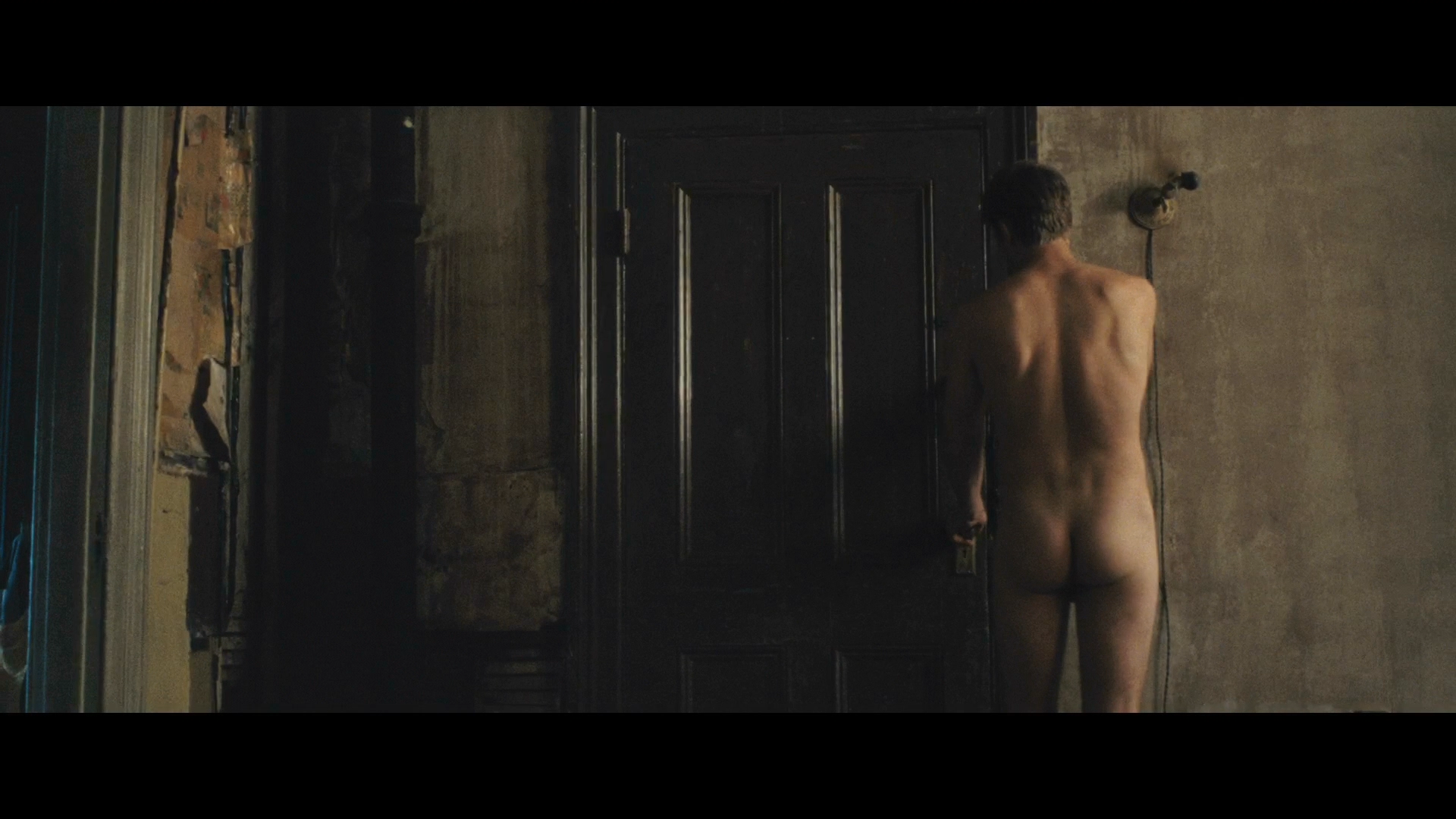 Garrett Hedlund's Perfect Ass And Hot Gay Make Out