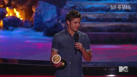 Zac Efron in 2014 MTV Movie Awards