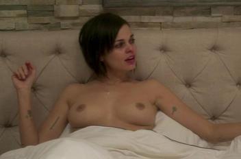 Lina esco topless dc270950 thumbnail