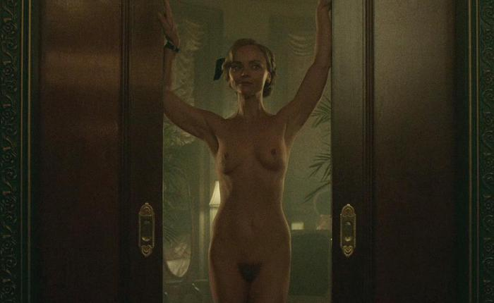 Christina ricci full frontal a557a141 featured