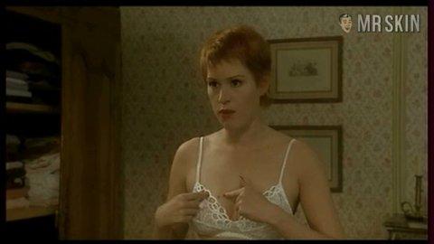 Molly ringwald nude clip