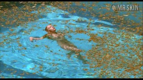 Swimmingpool ludivinesagnier hd 02 large 3