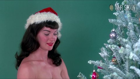 Notoriousbettiepage mol hd 09 large 3