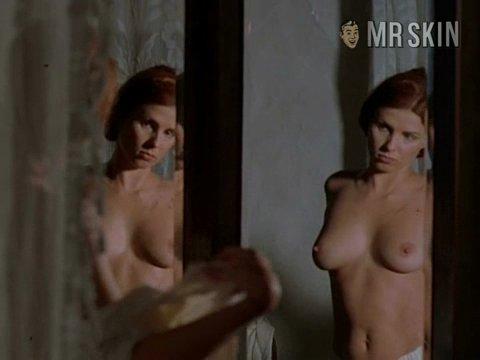 Nude girl in sadi