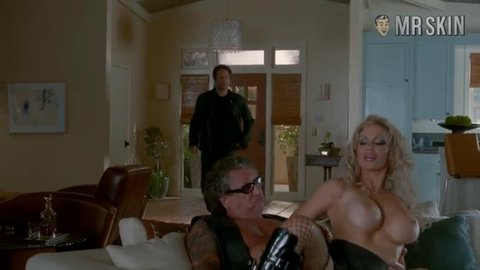Californication s07e12 terranova hd 01 large 4