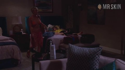Bigbangtheory 08x02 cuoco hd 02 large 3