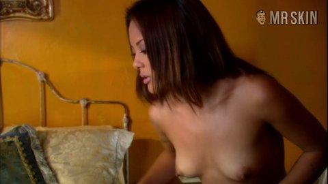 Erotictravelerthe 1x02 lei hd 01 large 3