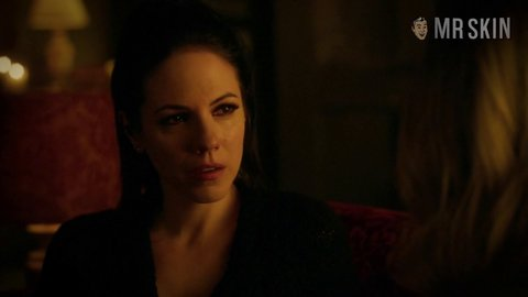 Lostgirl 05x12 palmer silk hd 02 large 3