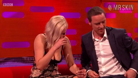 Grahamnorton 19x08 lawrence hd 02 large 4