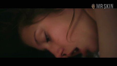 Blueisthewarmestcolor exarchopoulos hd 02 large 3