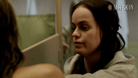 Ms orangeisthenewblack e13 schilling hd 01 large 3