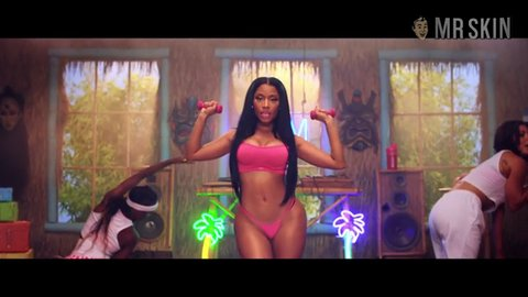 Anaconda minaj hd 01 large 3