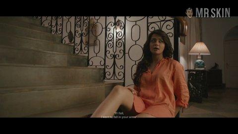 Surveen chawla hot scene
