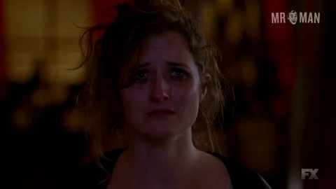Americanhorrorstory s04e01 peters fraser hd 01 large 3