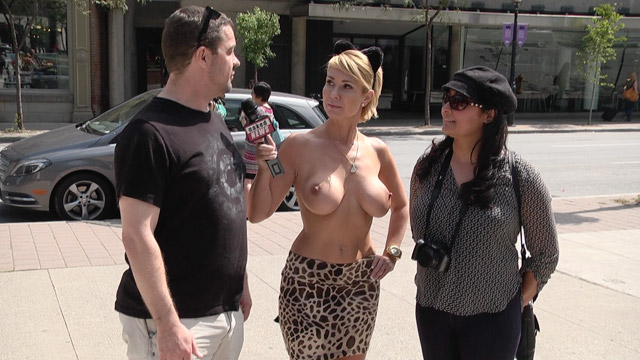 Naked On The Street Com