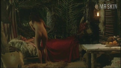 Phoebe cates nude butt