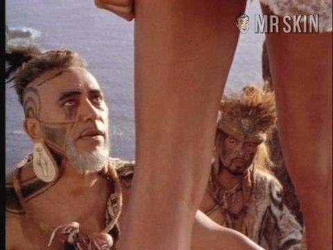 Rapanui holt 04 large 3