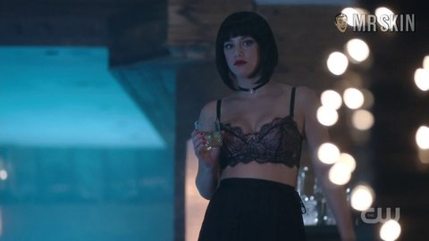 Riverdale 01x03 various hd 01 large 4